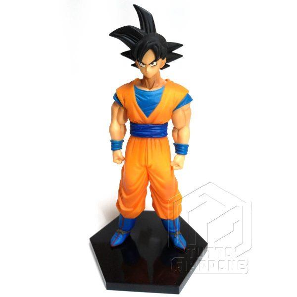 Dragon Ball statuetta di Goku in piedi pronto allo scontro 1 tuttogiappone