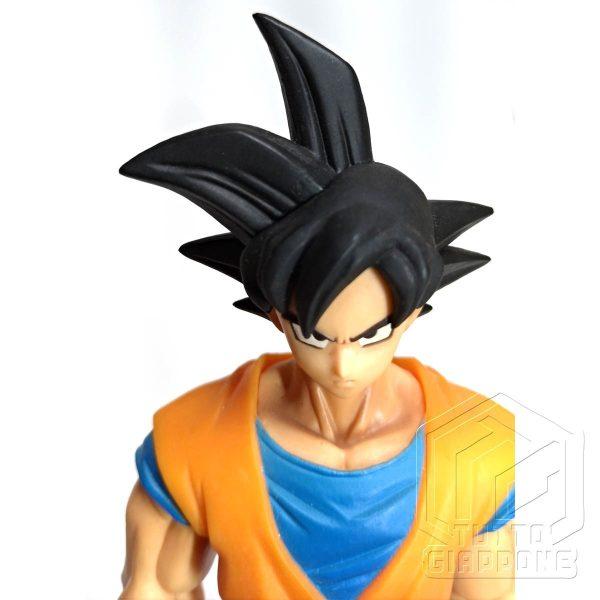 Dragon Ball statuetta di Goku in piedi pronto allo scontro 6 tuttogiappone