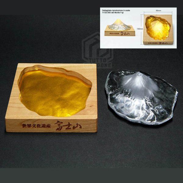 Soprammobile fermacarte in vetro cristallo riproduzione in scala Monte Fuji TuttoGiappone 2 ita