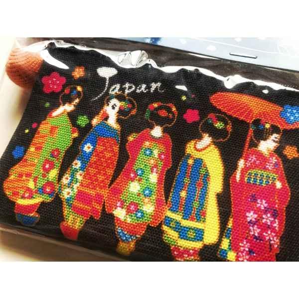 Mini pouch Geisha 2 min