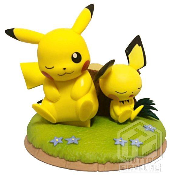 Action Figure Pokemon Pikachu e Pichu relax 000 TuttoGiappone