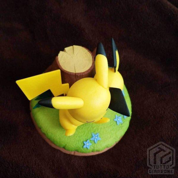 Action Figure Pokemon Pikachu e Pichu relax 04 TuttoGiappone